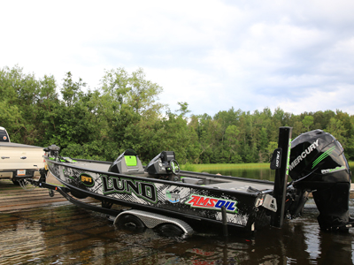 AMSOIL Protects Gears Despite Water Contamination