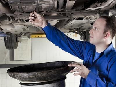 Why Motor Oil Deteriorates